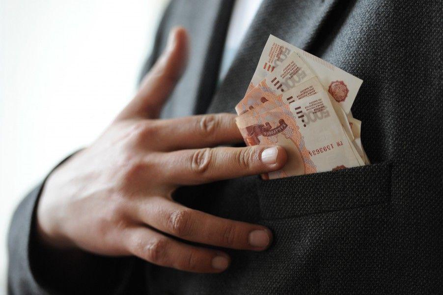 Наконец-то повысят минимальную зарплату. На сколько?