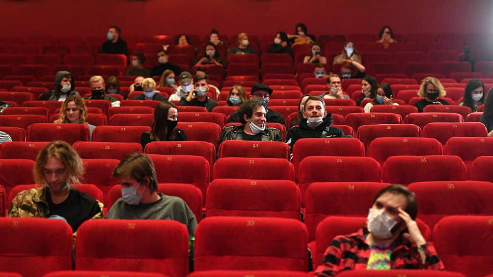 Заполняемость залов в кинотеатрах увеличат до 75%