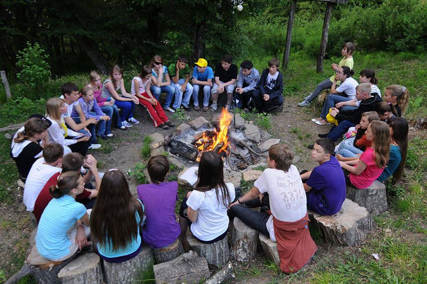 6,8 тысяч детей приедут в летний лагерь в Смоленской области
