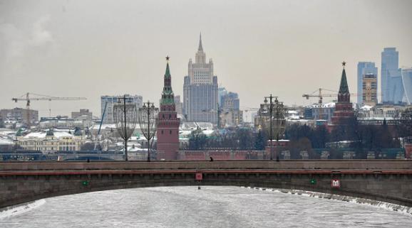 В Москве, по-прежнему действуют ограничительные меры