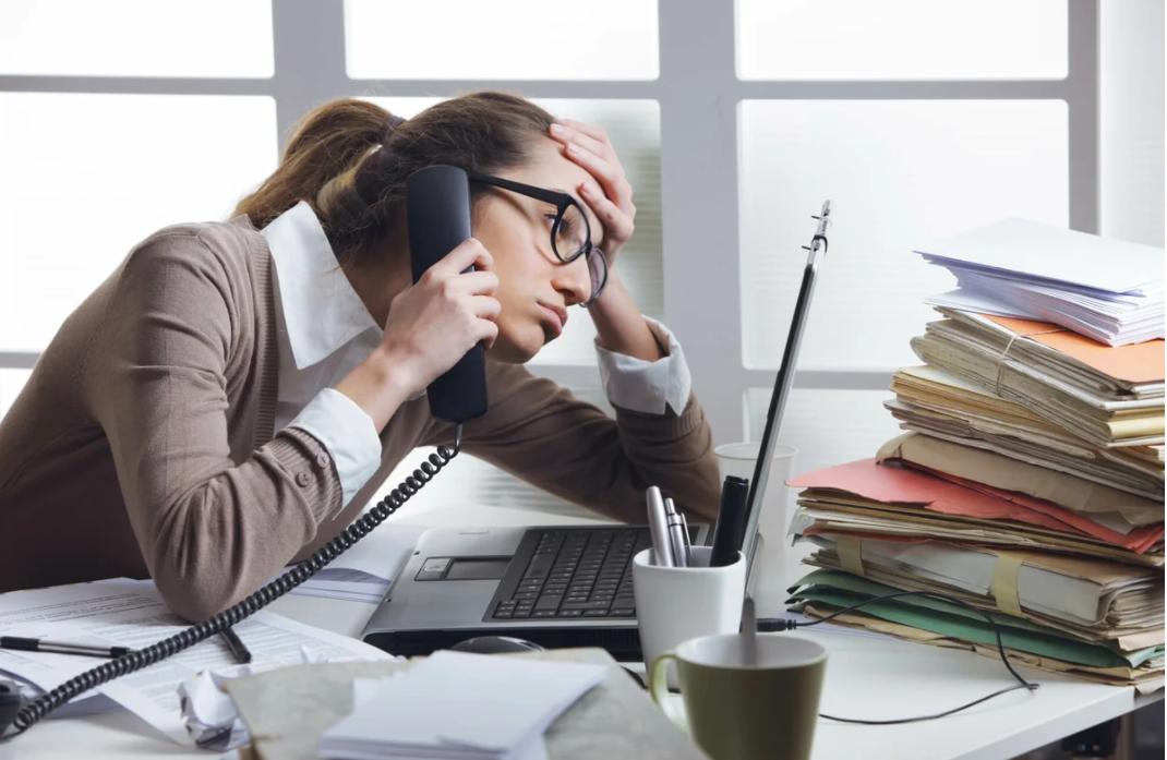 Рабочее место бухгалтера: как повысить эффективность без вреда здоровью