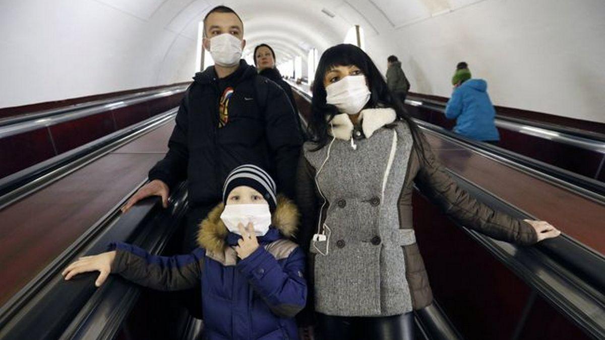 Медицинские маски станут частью культуры россиян