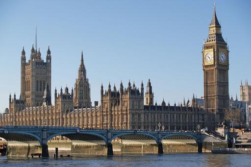"""У Британии появится глубокий """"экономический шрам"""""""