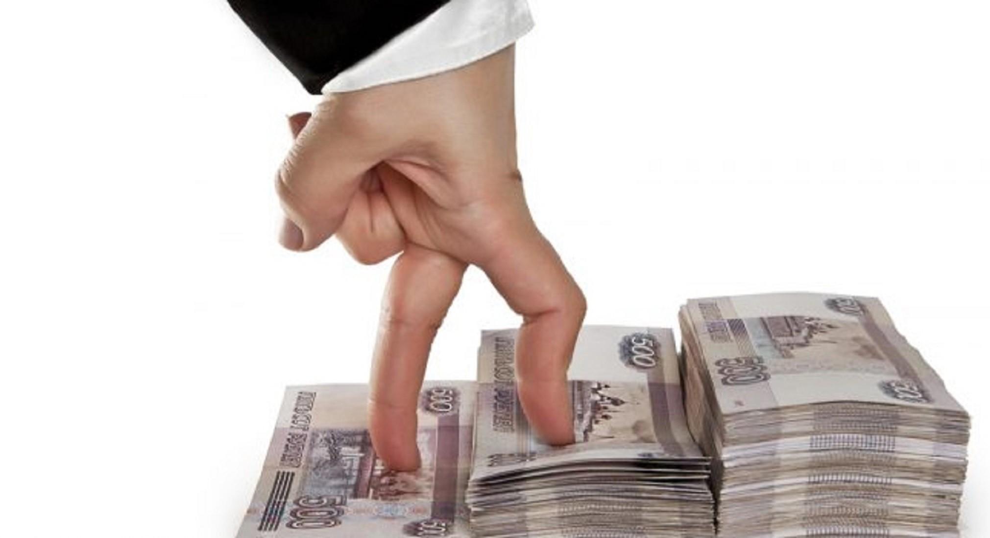 Геннадий Зюганов предложил установить минимальную зарплату в размере 25 тысяч рублей