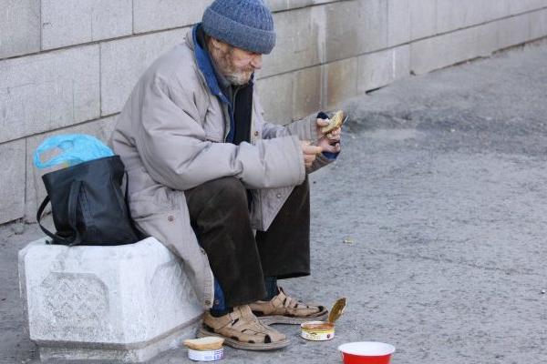 В мире ожидается рост глобальной нищеты из-за COVID