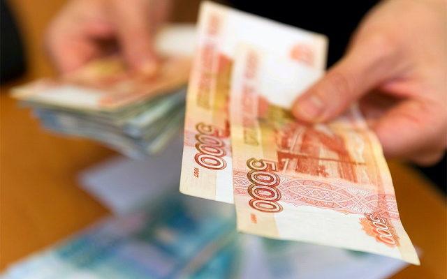 Нужно будет подать заявление: стало известно об очередной выплате 10 000 рублей семьям с детьми