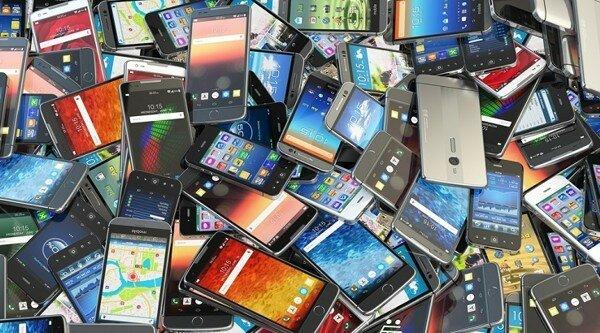 Новый закон может оставить граждан без сотовой связи уже со следующего года
